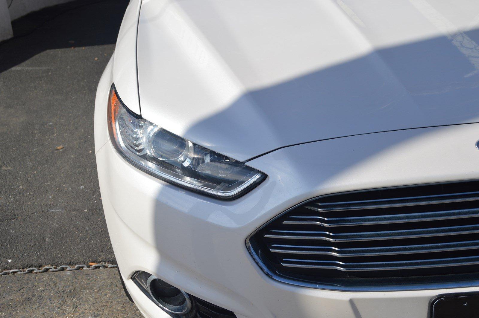 Used-2016-Ford-Fusion-Titanium